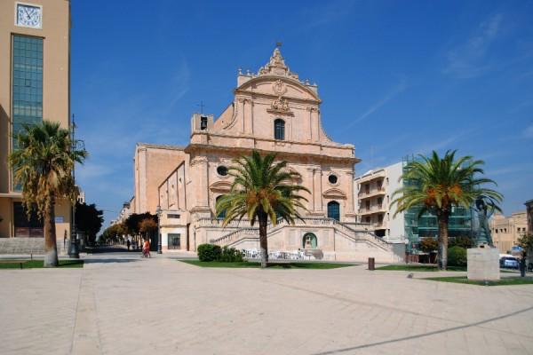 Ispica – Torre dell'Orologio e Chiesa di San Bartolomeo